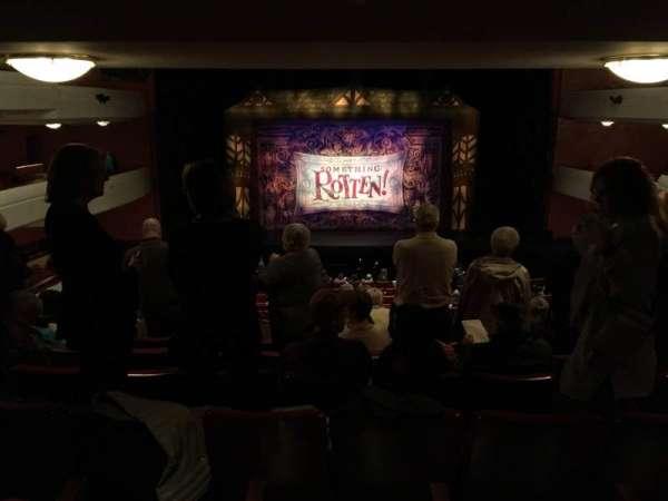 Fox Cities Performing Arts Center, secção: Dress Circle, fila: F, lugar: 215