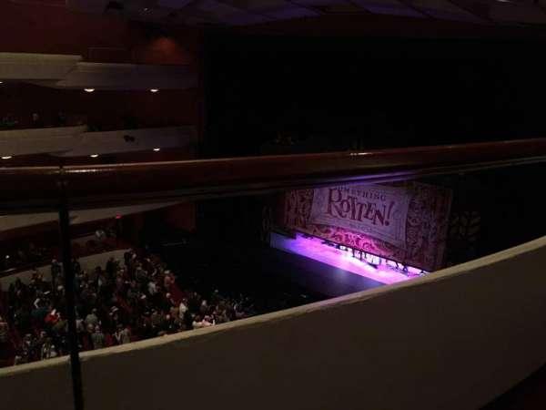 Fox Performing Arts Center, secção: Family Circke, fila: A, lugar: 453