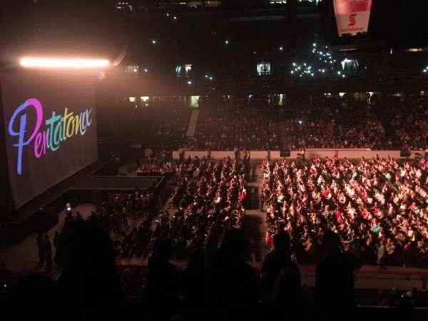 Scotiabank Saddledome, secção: 211, fila: 8, lugar: 18