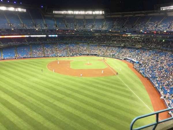 Rogers Centre, secção: 541L, fila: 3, lugar: 103