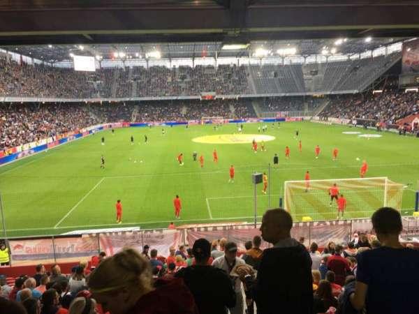 Red Bull Arena (Salzburg), secção: A13, fila: 19, lugar: 18