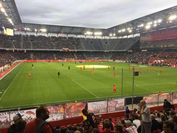Red Bull Arena (Salzburg), secção: A14, fila: 15, lugar: 22