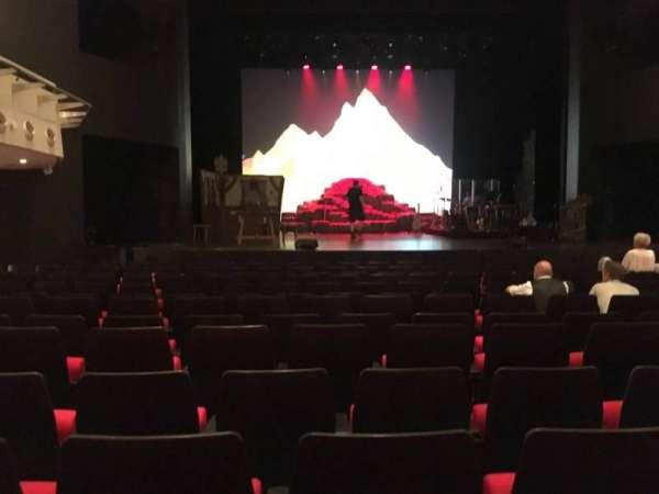 Deutsches Theater, secção: Parkett, fila: 13, lugar: 20