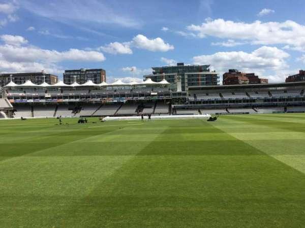 Lord's Cricket Ground, secção: Grandstand B, fila: 3, lugar: 73