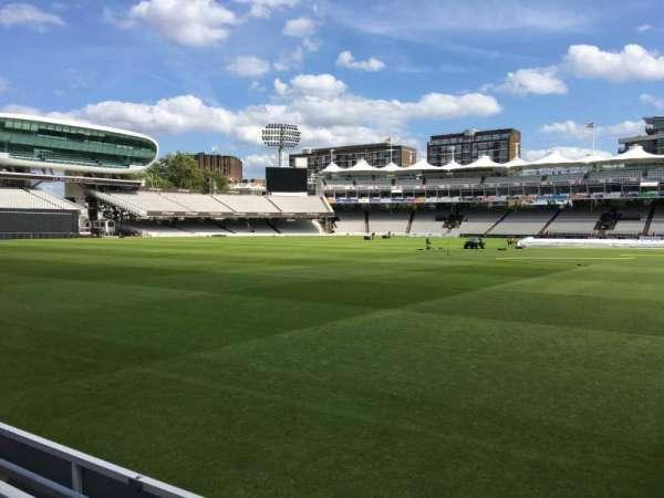 Lord's Cricket Ground, secção: Grandstand B, fila: 2, lugar: 77