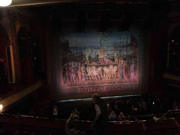 Phoenix Theatre, secção: Grand Circle, fila: E, lugar: 20