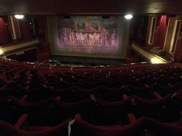 Phoenix Theatre, secção: Grand Circle, fila: K, lugar: 8