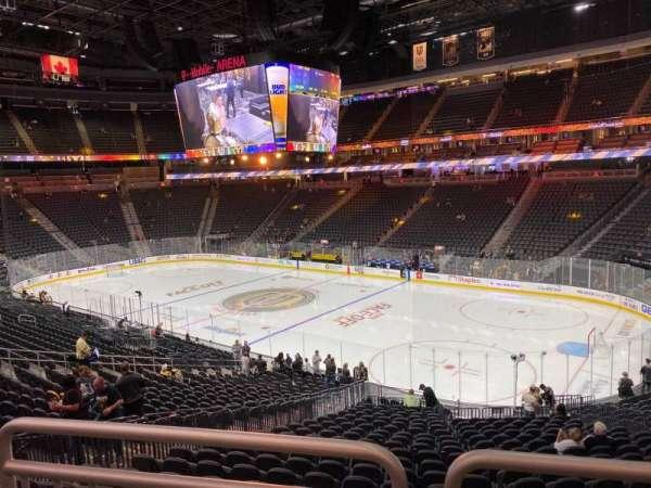 T-Mobile Arena, secção: 18, fila: Wc, lugar: 9