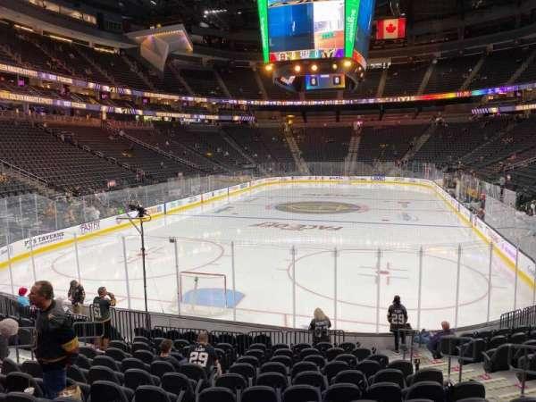 T-Mobile Arena, secção: 1, fila: M, lugar: 12