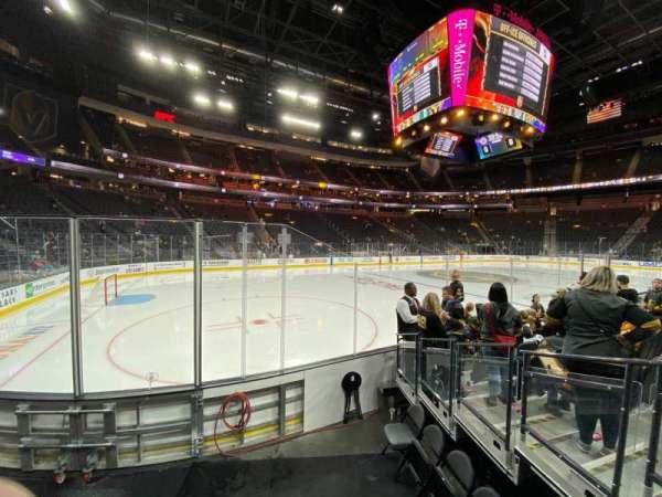 T-Mobile Arena, secção: 3, fila: C, lugar: 9
