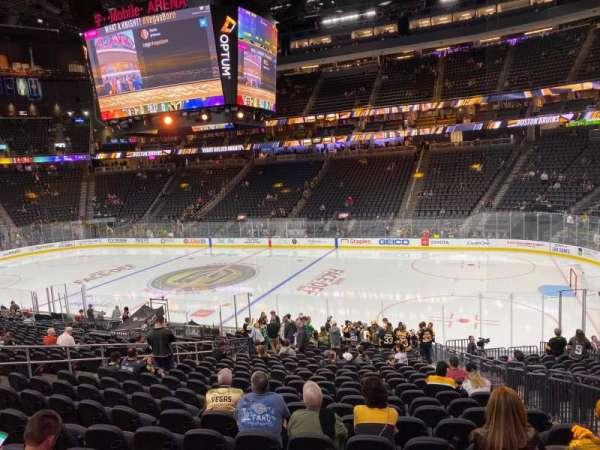 T-Mobile Arena, secção: 7, fila: I, lugar: 15