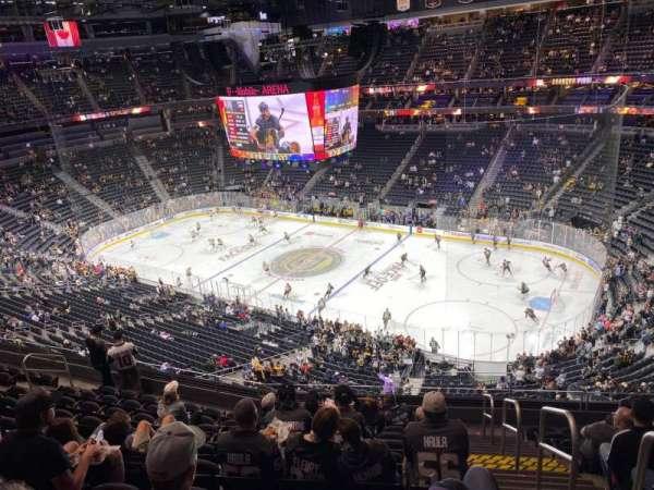 T-Mobile Arena, secção: 226, fila: K, lugar: 18