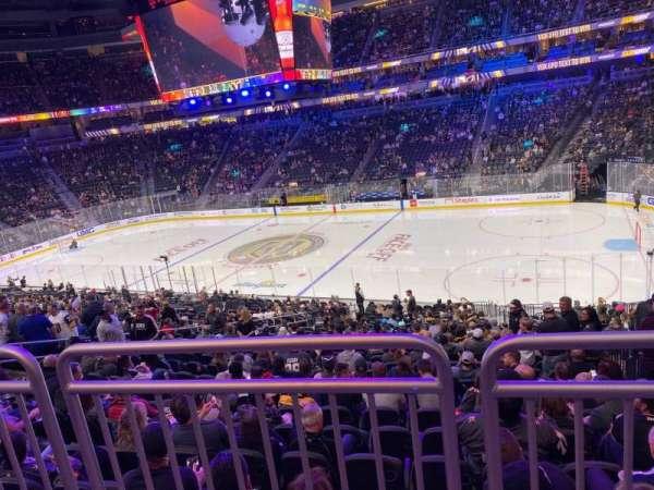 T-Mobile Arena, secção: 17, fila: Wc, lugar: 12