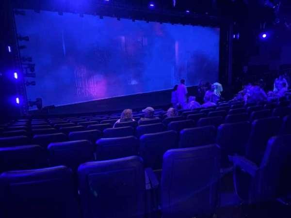 Blue Man Group Theater, secção: 201, fila: Aa, lugar: 8