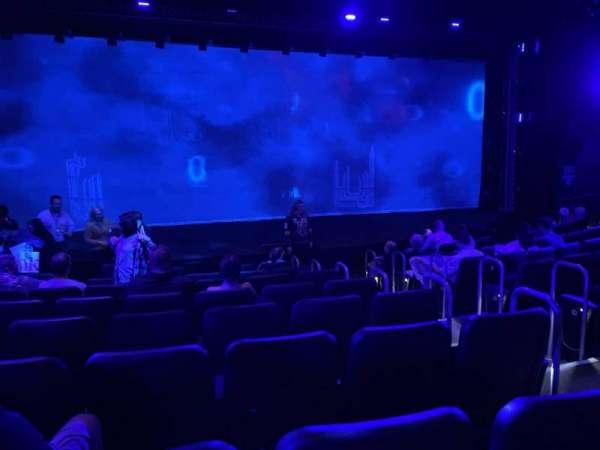 Blue Man Group Theater, secção: 102, fila: H, lugar: 22