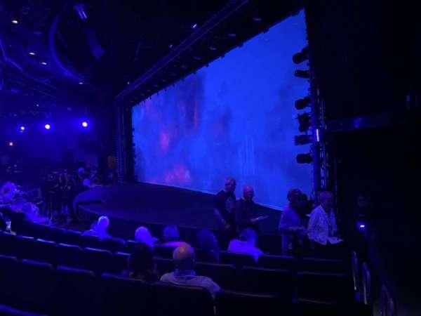 Blue Man Group Theater, secção: 103, fila: F, lugar: 60