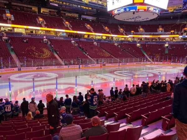 Rogers Arena, secção: 119, fila: 13, lugar: 106