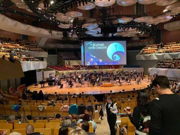 Boettcher Concert Hall, secção: Orch 2, fila: Q, lugar: 12