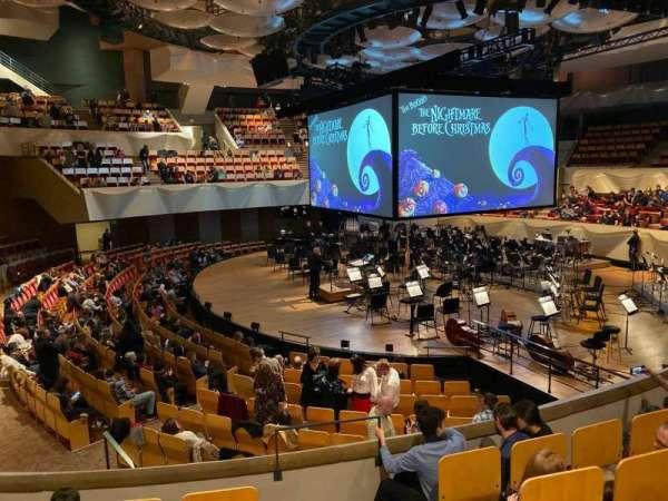 Boettcher Concert Hall, secção: Dress Circle 1, fila: E, lugar: 9