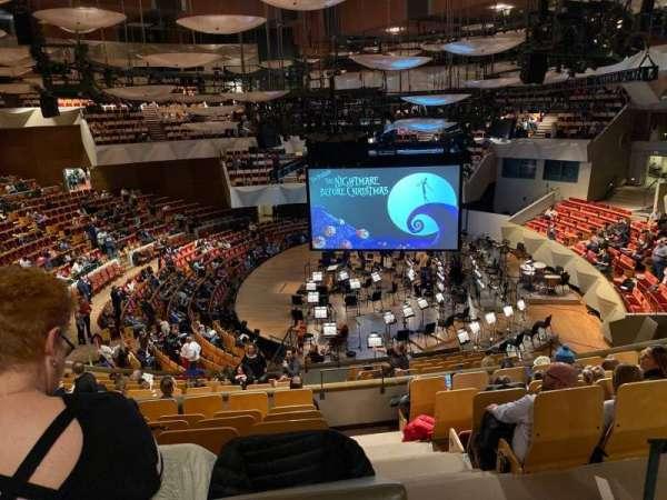 Boettcher Concert Hall, secção: Mesz 2, fila: M, lugar: 24