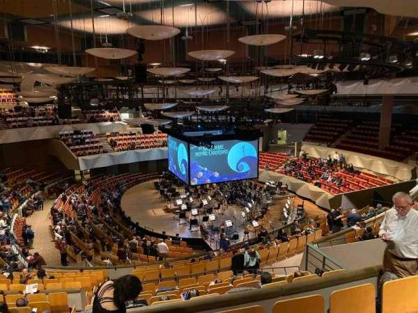 Boettcher Concert Hall, secção: Mezz 2, fila: O, lugar:  3
