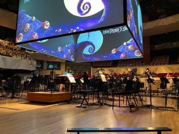 Boettcher Concert Hall, secção: Orch 1, fila: D, lugar: 50