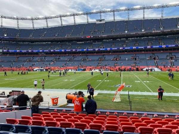 Empower Field at Mile High Stadium, secção: 121, fila: 10, lugar: 16