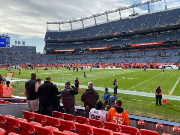 Empower Field at Mile High Stadium, secção: 119, fila: 7, lugar: 7