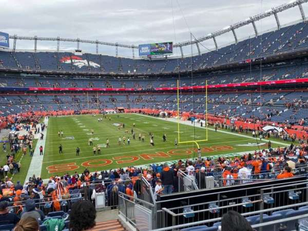 Empower Field at Mile High Stadium, secção: 134, fila: 34, lugar: 5