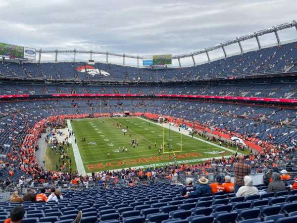 Empower Field at Mile High Stadium, secção: 234, fila: 20, lugar: 15
