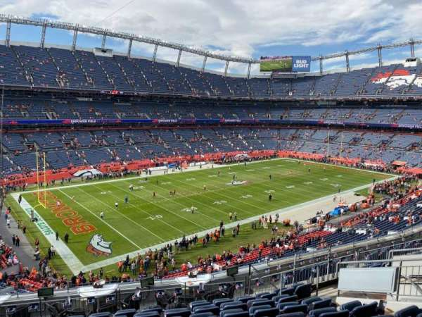Empower Field at Mile High Stadium, secção: 344, fila: 12, lugar: 12