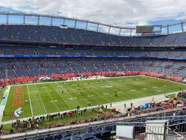 Empower Field at Mile High Stadium, secção: 342, fila: 12, lugar: 7