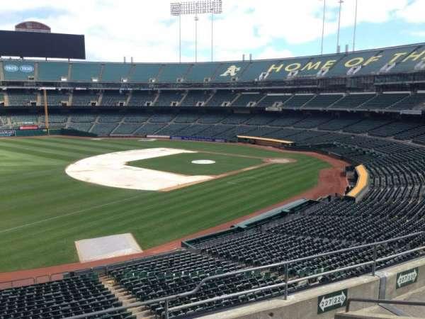 Oakland Coliseum, secção: 227, fila: 3