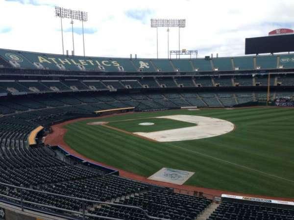 Oakland Coliseum, secção: 206, fila: 3