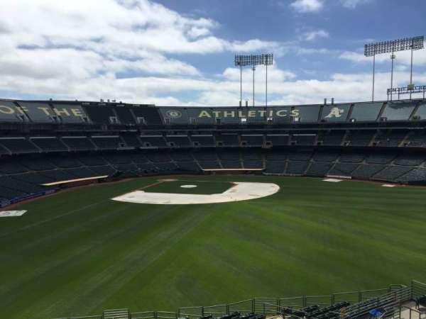 Oakland Coliseum, secção: 247, fila: 2