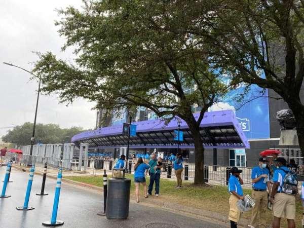 Bank of America Stadium, secção: Lowe's Gate