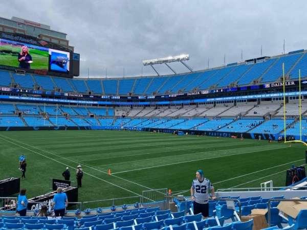 Bank of America Stadium, secção: 105, fila: 12, lugar: 8