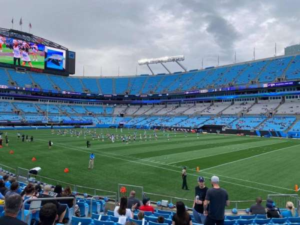Bank of America Stadium, secção: 126, fila: 11, lugar: 10