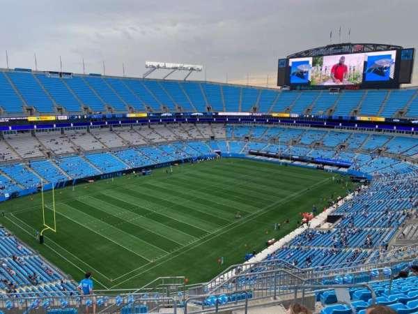 Bank of America Stadium, secção: 522, fila: 11, lugar: 4