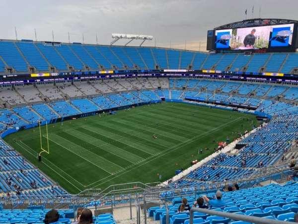 Bank of America Stadium, secção: 522, fila: 14, lugar: 1