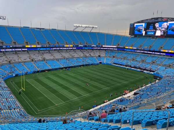 Bank of America Stadium, secção: 521, fila: 17, lugar: 7