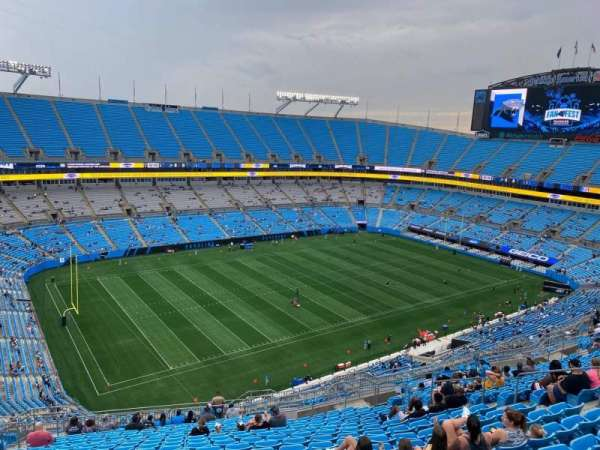 Bank of America Stadium, secção: 520, fila: 20, lugar: 16