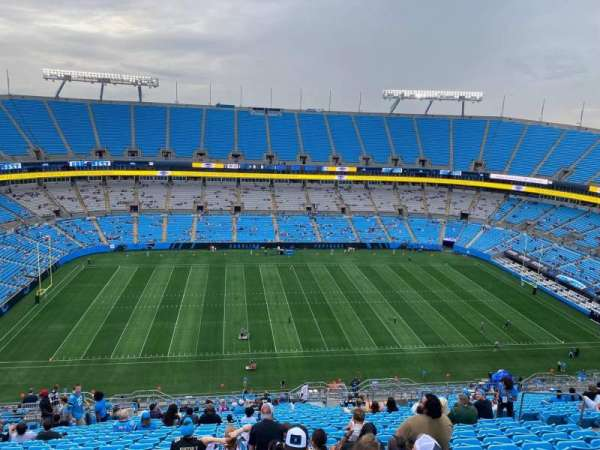 Bank of America Stadium, secção: 516, fila: 25, lugar: 13