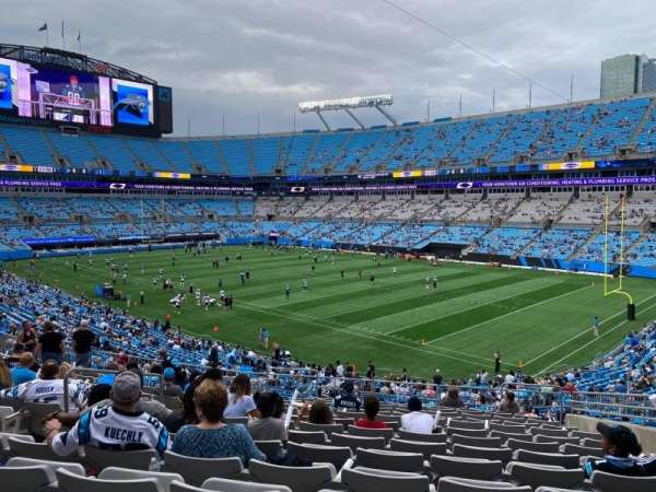 Bank of America Stadium, secção: 337, fila: 14, lugar: 8