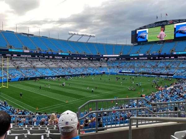 Bank of America Stadium, secção: 323, fila: 9, lugar: 1
