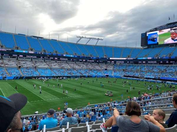 Bank of America Stadium, secção: 320, fila: 6, lugar: 9
