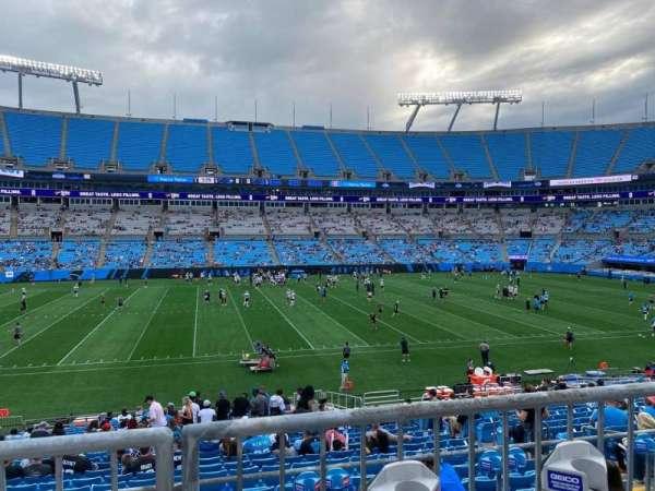 Bank of America Stadium, secção: 317, fila: 2, lugar: 10