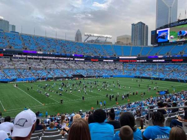 Bank of America Stadium, secção: 349, fila: 8, lugar: 6