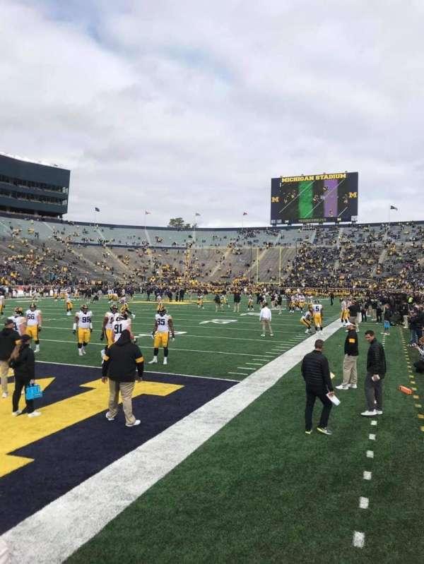 Michigan Stadium, secção: 9, fila: A, lugar: 17-18