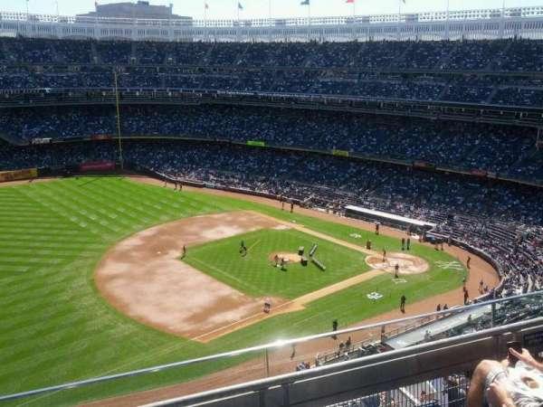 Yankee Stadium, secção: 428, fila: 3, lugar: 6